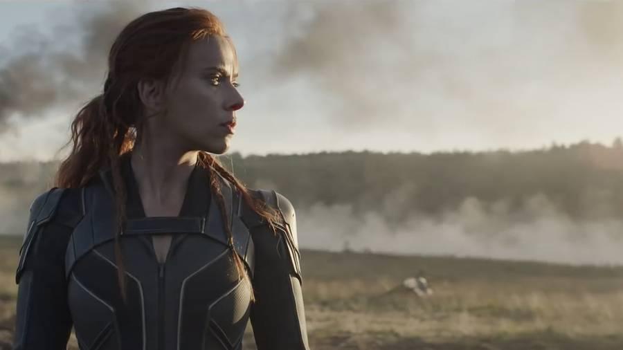 Pourquoi Scarlett Johansson attaque-t-elle Disney en justice ?
